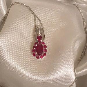 Jewelry - ♥️Genuine Ruby & Diamond Pendant♥️